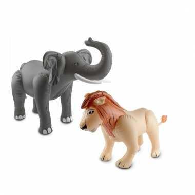 Opblaasbare olifant en leeuw set