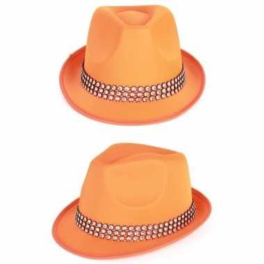 Oranje hoedjes met zilveren steentjes