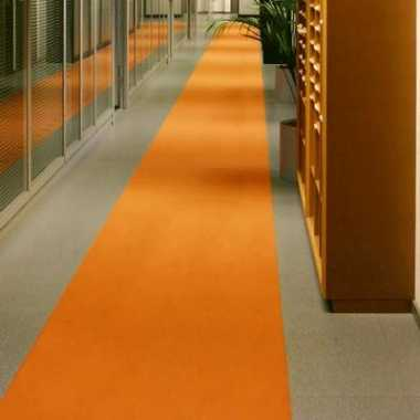 Oranje lopers 1 meter breed