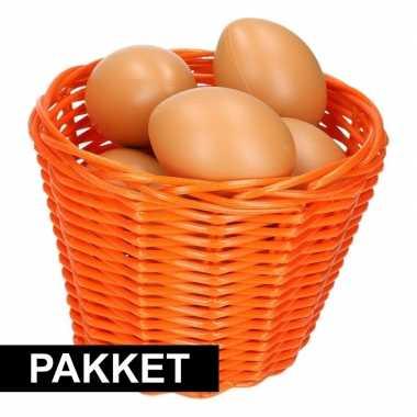 Oranje paaseieren mandje met naturel eieren