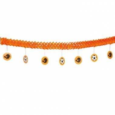 Oranje slinger met onderhangers
