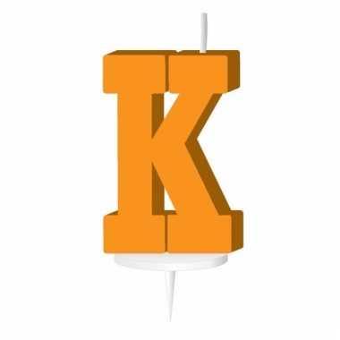 Oranje taart kaarsje letter k