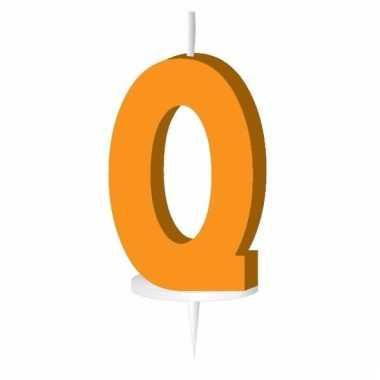 Oranje taart kaarsje letter q