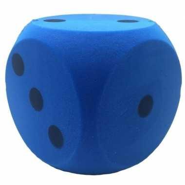 Pakjesavond schuimrubberen dobbelstenen blauw 1 stuk