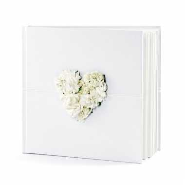 Receptie gastenboek met hart