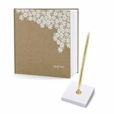 Receptie gastenboek met pen