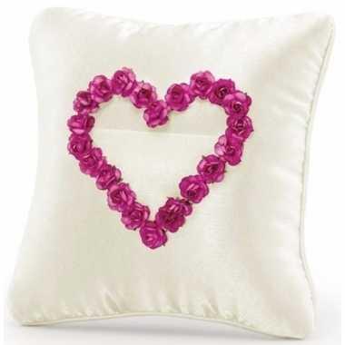 Ringdrager kussen creme met roze hart 20 cm