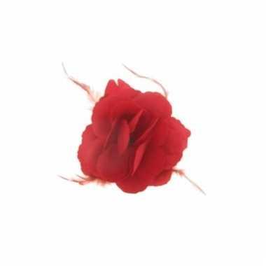 Rode bloem met speld 10x10cm