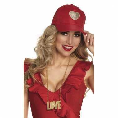 Rode dames cap met gouden hart