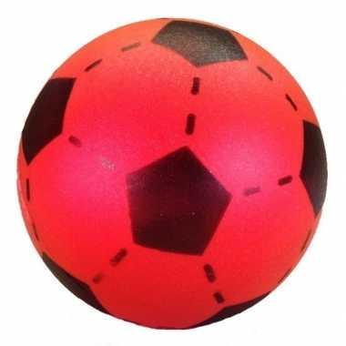 Rode foam voetbal 20 cm