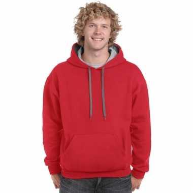 Rode trui voor heren met grijze capuchon