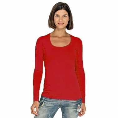 Rood dames shirt met ronde hals en lange mouwen