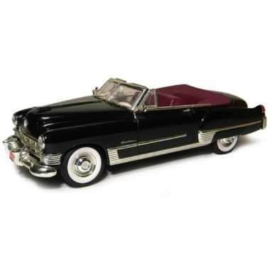 Schaalmodel cadillac series 62 coupe deville 1949 1:43
