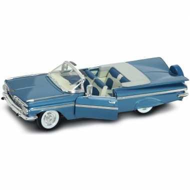 Schaalmodel chevrolet impala 1956 1:18