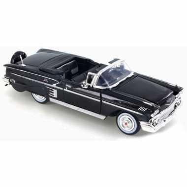 Schaalmodel chevrolet impala 1958 1:24