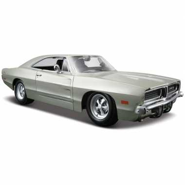 Schaalmodel dodge charger r/t 1969 1:24