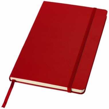 Schrift a5 formaat met rode harde kaft