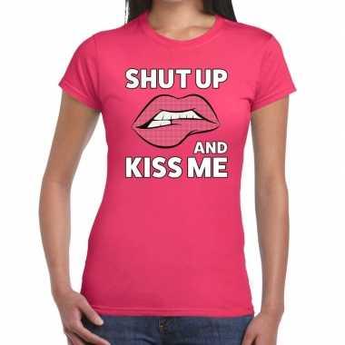 Shut up and kiss me roze fun-t shirt voor dames