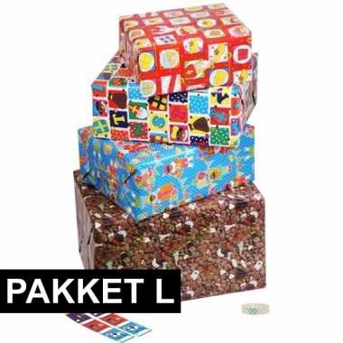 Sint inpakpapier pakket met labels large