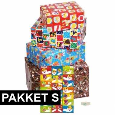 Sint inpakpapier pakket met labels small