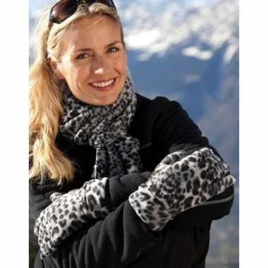 Sjaal en handschoenen met luipaard print