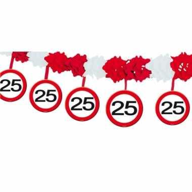 Slinger 25 jaar verkeerstbord