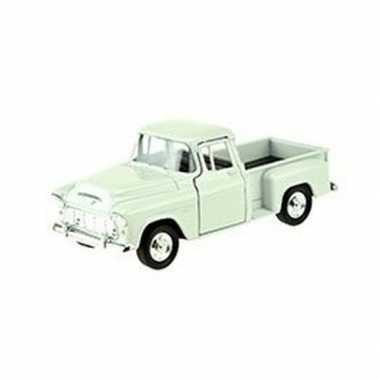 Speelgoedauto chevrolet 1955 stepside wit 1:34