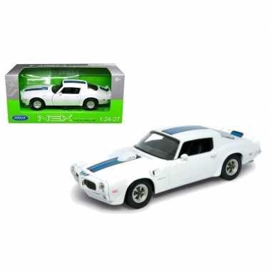 Speelgoedauto pontiac firebird trans am 1972 wit/blauw