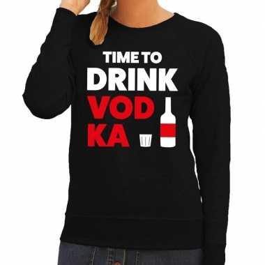 Time to drink vodka fun sweater zwart voor dames