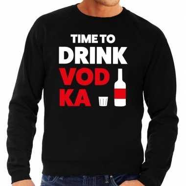 Time to drink vodka fun sweater zwart voor heren