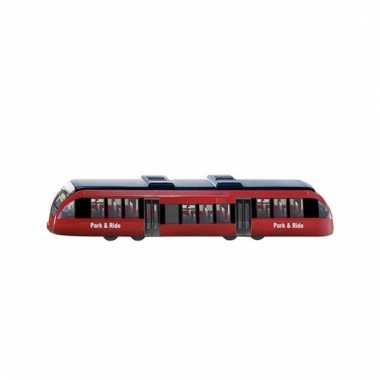 Tram met bewegende onderdelen