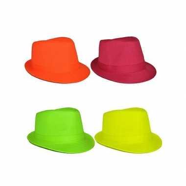 Trilby hoedje in felle kleur