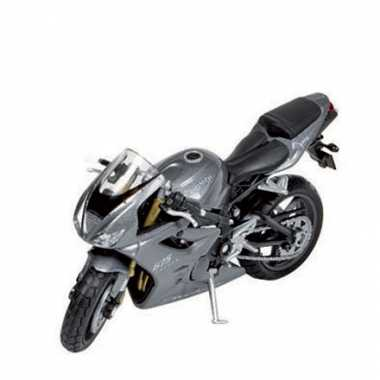 Triumph race motor