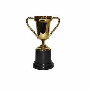 Trofee bekers goudkleurig