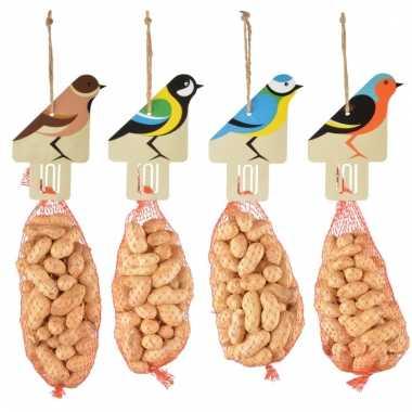 Tuindecoratie voedernetje met pindas