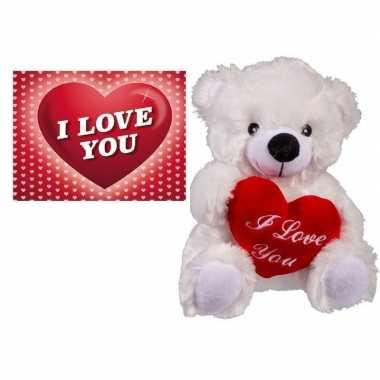 Valentijnscadeau witte knuffelbeer met valentijnskaartje