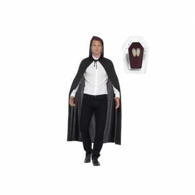 Vampieren cape inclusief hoektanden voor volwassenen