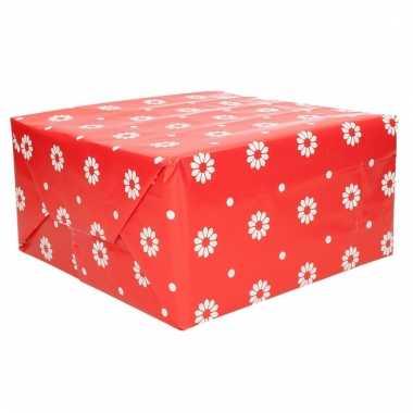Verjaardagscadeau inpakpapier rood bloemen 70 x 200 cm