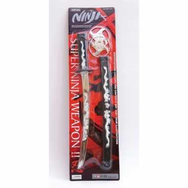 Verkleed ninja set zwaard en shuriken