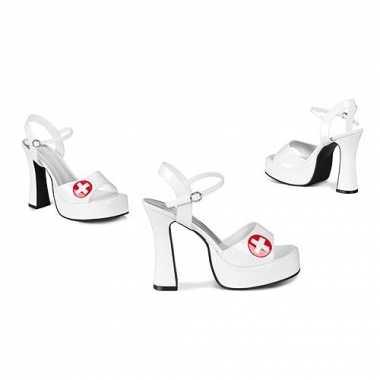 Verpleegster sandalen met hak