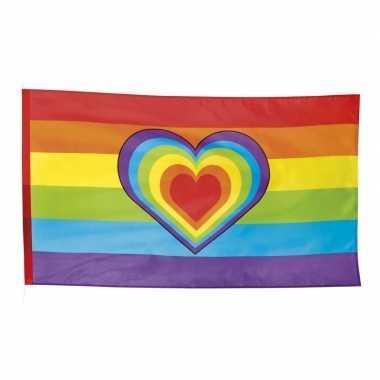Vlag met regenboog hartjes print 90 x 150 cm