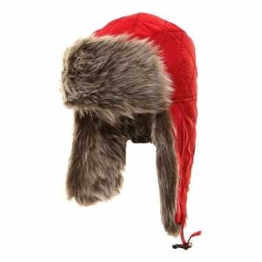 Warme bontmuts rood met pluche/bont en oorflappen voor meisjes