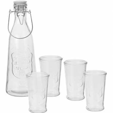 Water kan met 4 glazen
