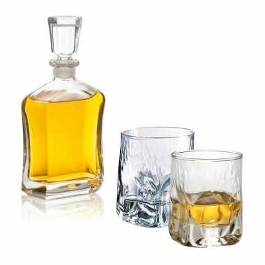 Whiskey set inclusief karaf en twee opvallende glazen