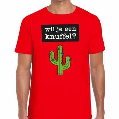Wil je een knuffel fun t-shirt voor heren rood