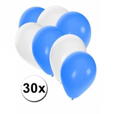 Witte en blauwe ballonnetjes