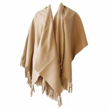 Zandkleurige omslagdoek van fleece
