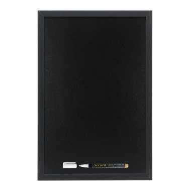 Zwart krijtbord/schoolbord met 1 stift 30 x 40 cm