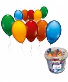 100 gekleurde ballonnen in emmer