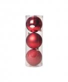 3 verschillende rode kerstballen